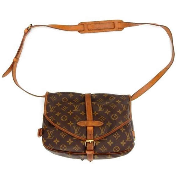 Louis Vuitton Handbags - Louis Vuitton Messenger Saumur 30 Cross Body Bag